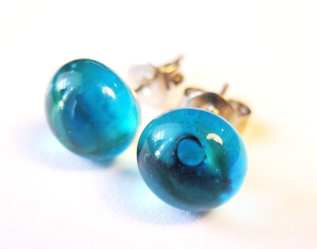 jó minőség legnepszerubb nagybani Áttetsző kék üveg pötyi fülbevaló|Moychi Glass - Egyedi üvegékszerek