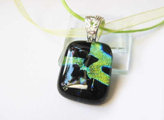 Zöldmeteorit üvegmedál