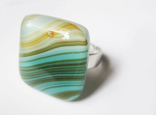 Türkiz-oliva üveggyűrű