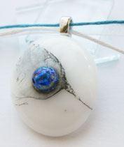 Kék fátyolvirág medál