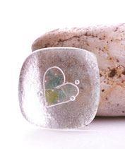 Jégszív üvegékszer medál