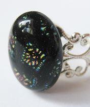 Lilá-fekete mintás csipkegyűrű
