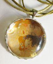 Gustav Klimt- Anya gyermekével medál