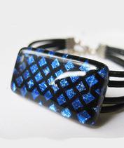 Kék hálós üvegékszer karkötő