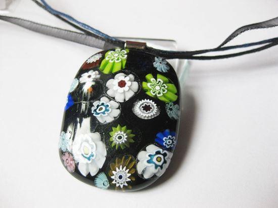 Fekete virágcsokor millefiori medál