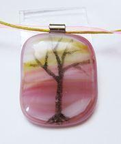 Rózsatündér fája üvegmedál