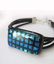 Kép Kék hálós üvegékszer karkötő